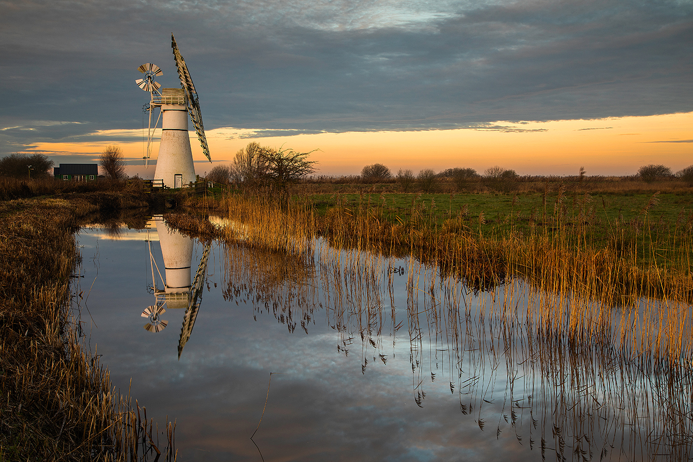 Thurne-Mill-at-Sunrise-by-Charles-Phillips