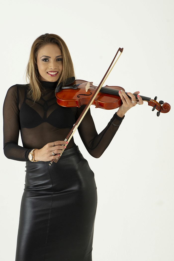 A violin lesson for anyone! by Steve Hitchman